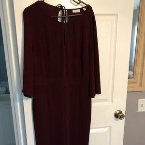 Burgundy jumpsuit with 3/4 sleeves